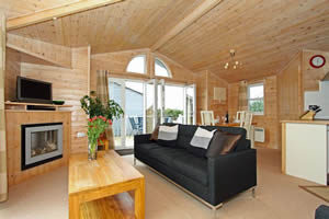 Self catering breaks at 2 The Towans in Padstow, Cornwall